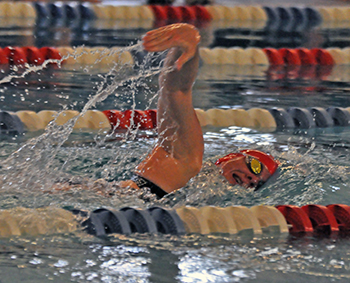 Men's and Women's Swim Teams Defeat Pitt-Bradford