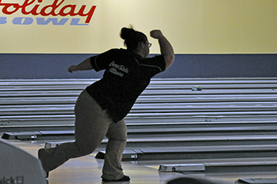 Lady Lions Bowling Finishes in 15th at Red Flash Invitational