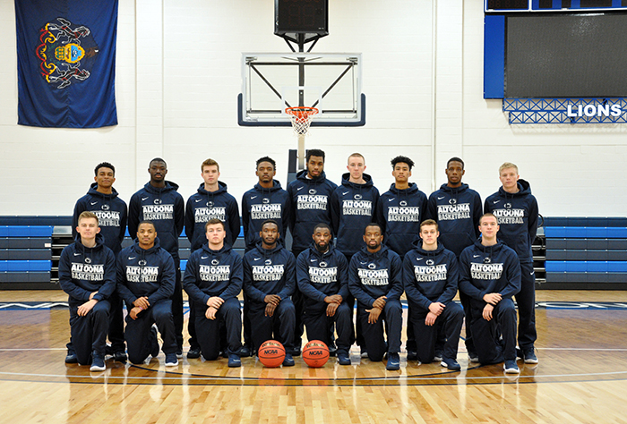 Men's Basketball Team Photo